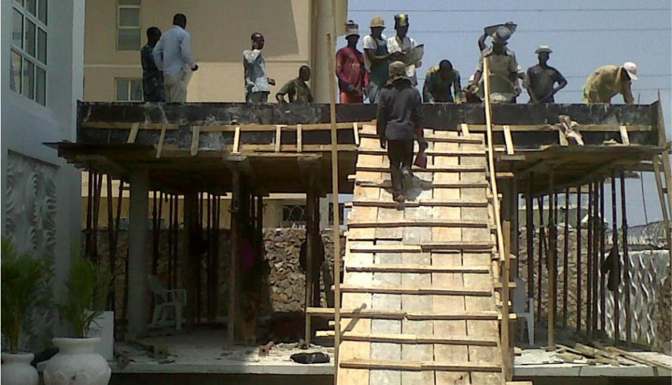 NIKE_Construction